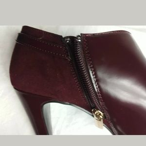 Women Ankle Boots size 8.5 Bandolino